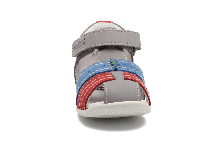 Sandales et nu-pieds Kickers BIGBAZAR Gris vue portées chaussures