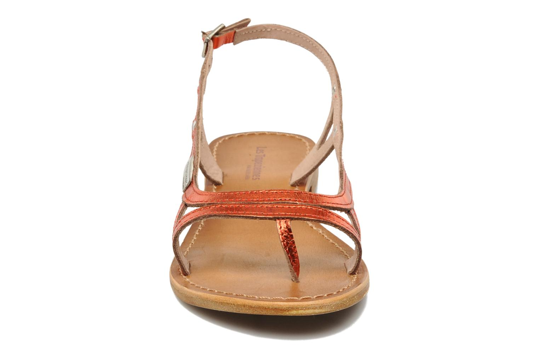 Sandales et nu-pieds Les Tropéziennes par M Belarbi Isatis Rouge vue portées chaussures