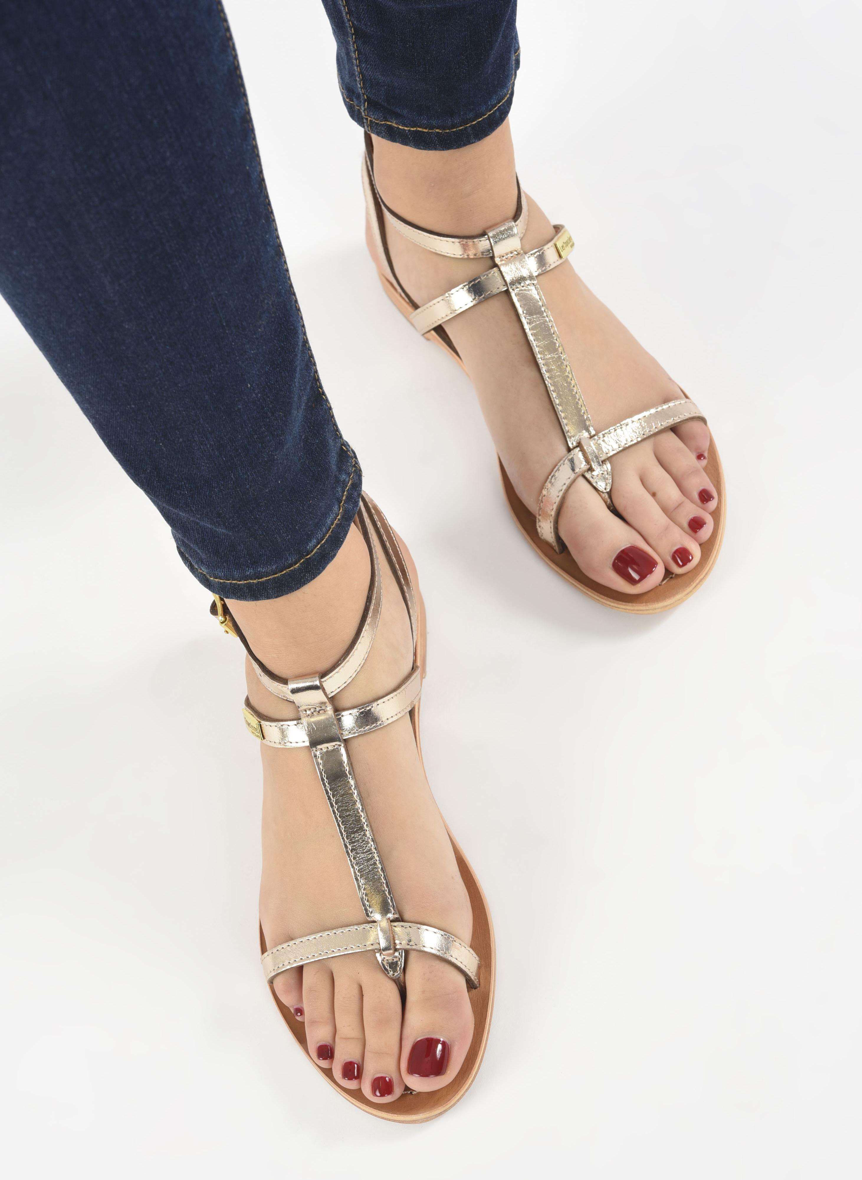Sandales et nu-pieds Les Tropéziennes par M Belarbi Hilan Or et bronze vue bas / vue portée sac
