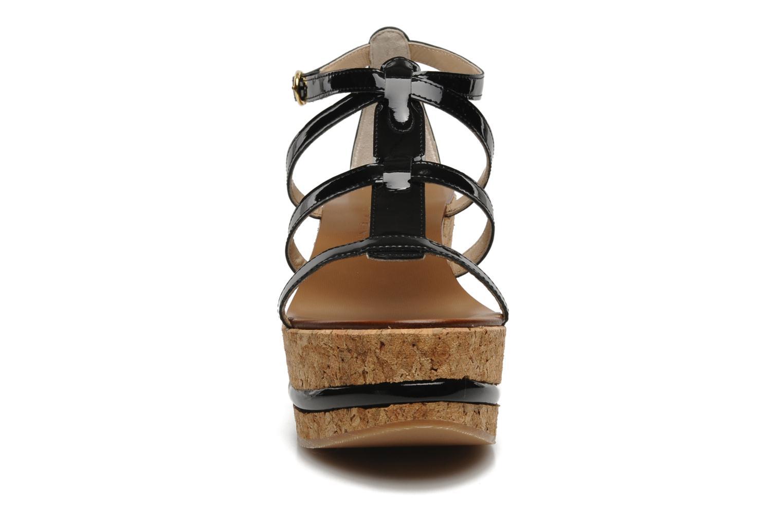 Sandales et nu-pieds Tapeet Tipia Noir vue portées chaussures