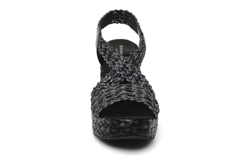 Sandali e scarpe aperte Elizabeth Stuart Fuxy 310 Nero modello indossato