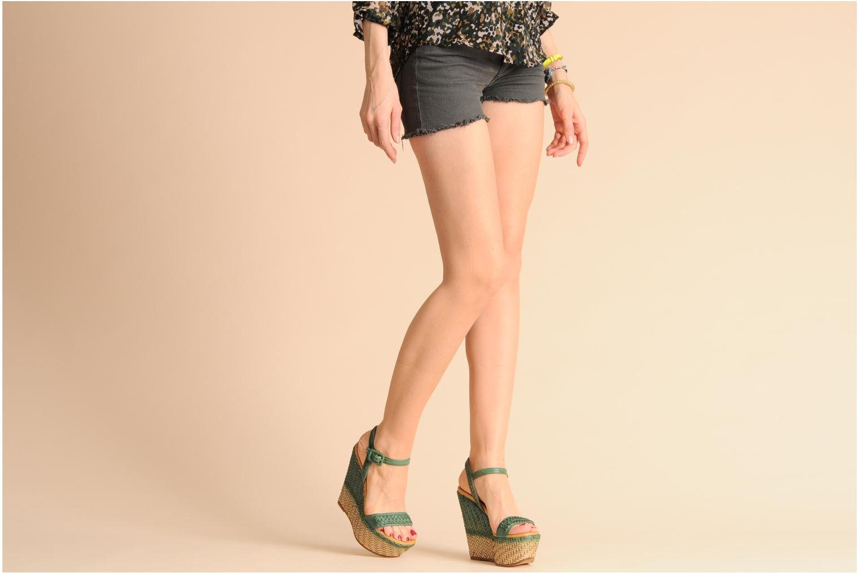 Sandales et nu-pieds Eva Turner WAVYNI Vert vue bas / vue portée sac