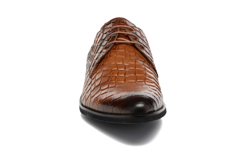 Scarpe con lacci Melvin & Hamilton Toni 1 Multicolore modello indossato