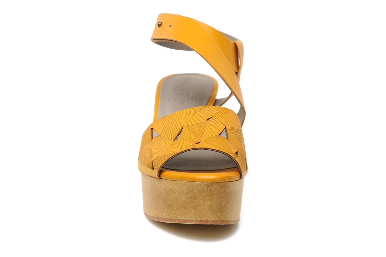 Sandalen Skin by Finsk TURINA Geel model