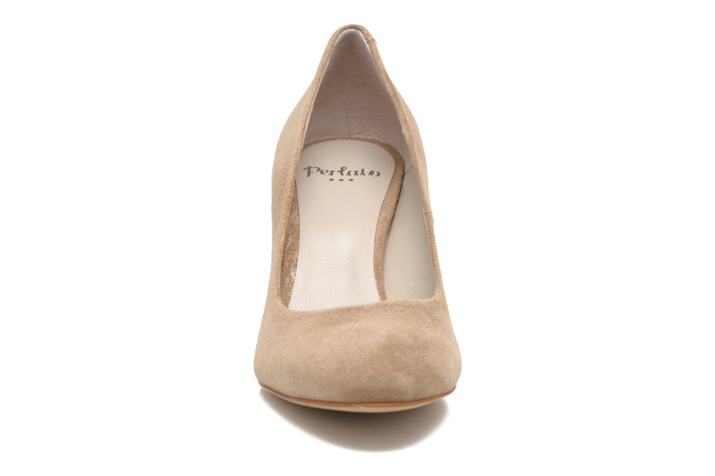 Zapatos de tacón Perlato Paty Beige vista del modelo
