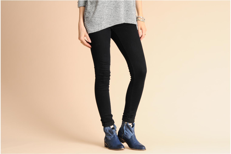 Alisa Jeans