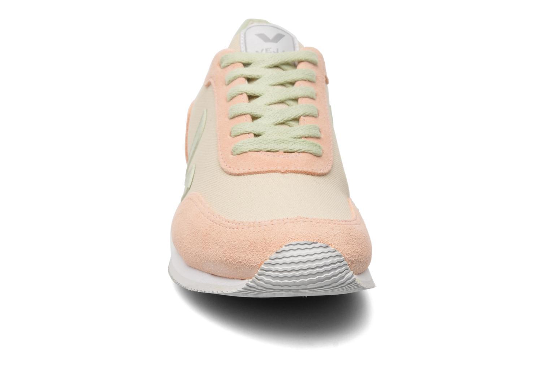 Baskets Veja Arcade W Beige vue portées chaussures