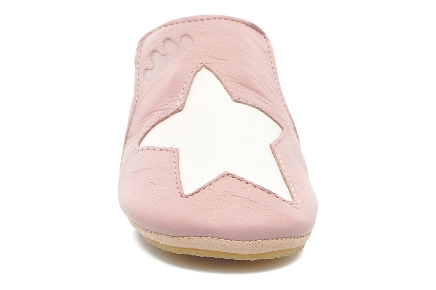 Chaussons Easy Peasy Blublu Patin Etoile Rose vue portées chaussures