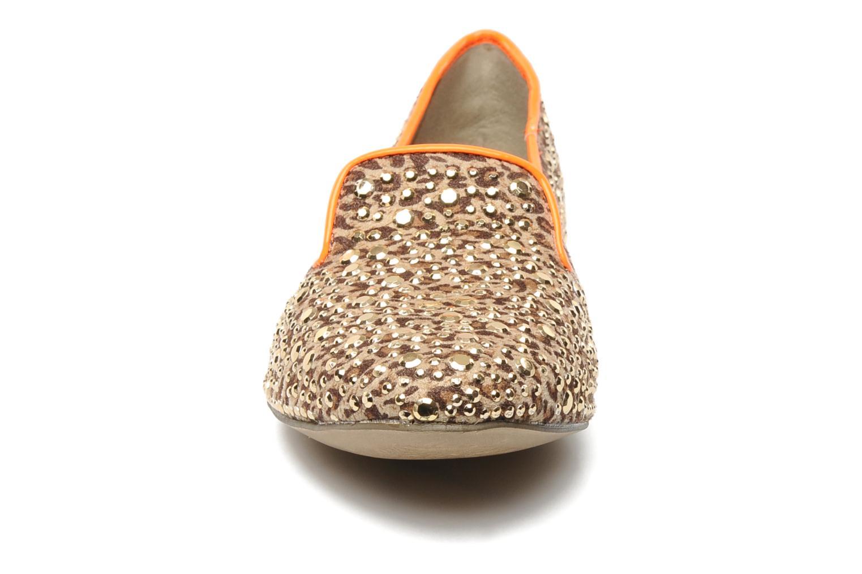 Mocassins Bullboxer Tilva Marron vue portées chaussures