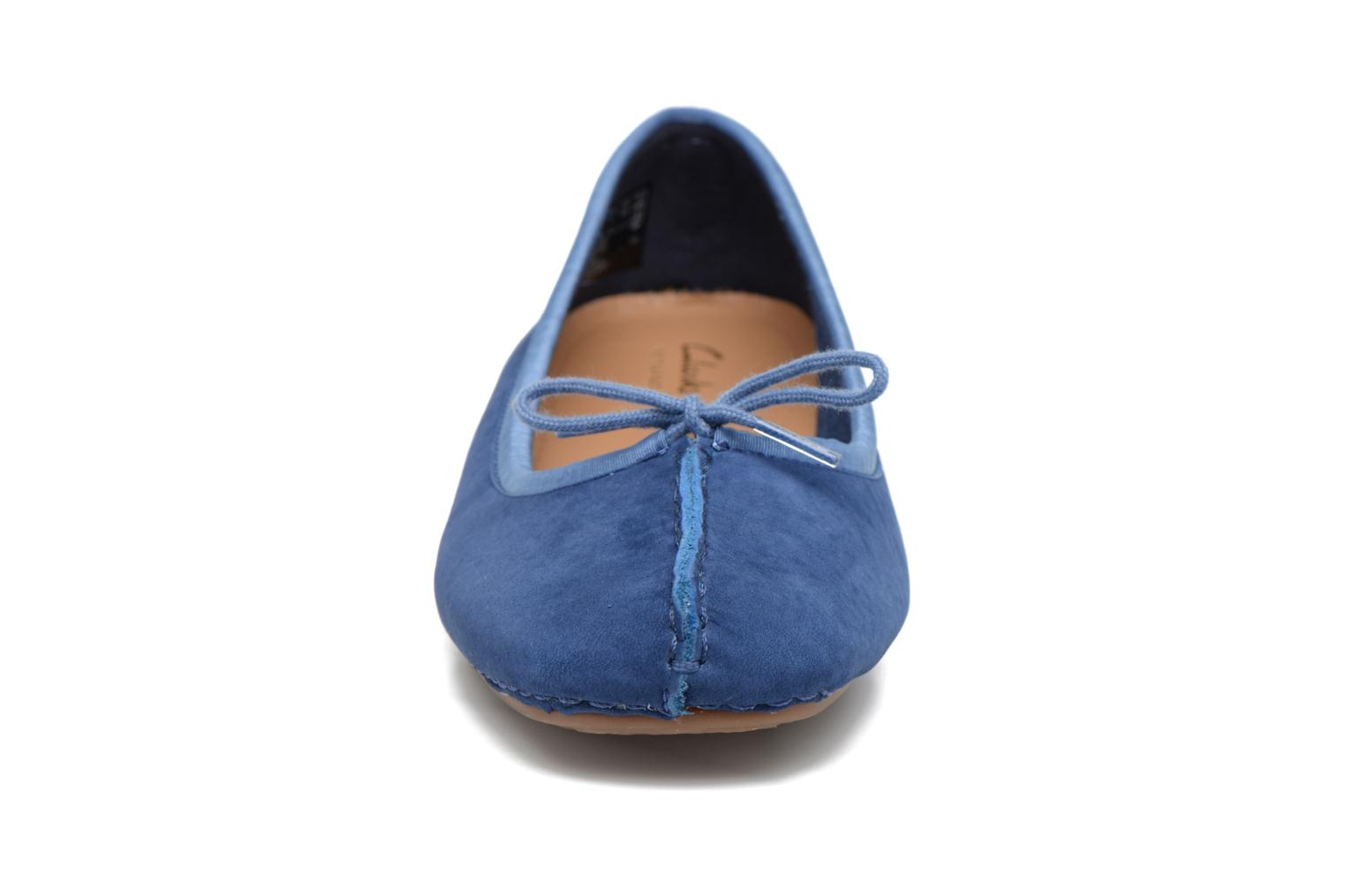 Ballet pumps Clarks Unstructured Freckle Ice Blue model view