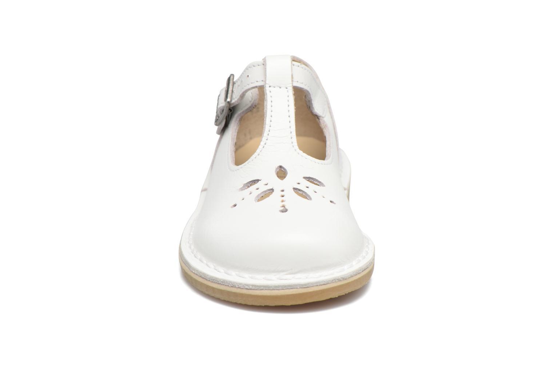Ballerines start rite classics Lottie III Blanc vue portées chaussures