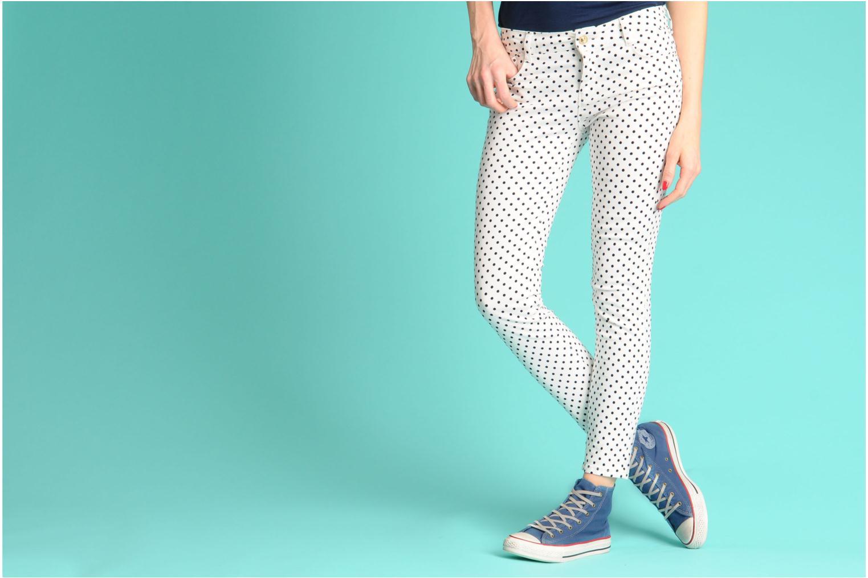 Sneaker Converse Chuck Taylor All Star Fashion Washed Hi W beige ansicht von unten / tasche getragen