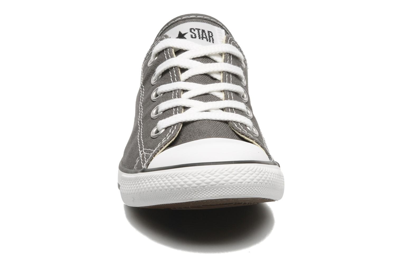 Sneaker Converse All Star Dainty Canvas Ox W grau schuhe getragen