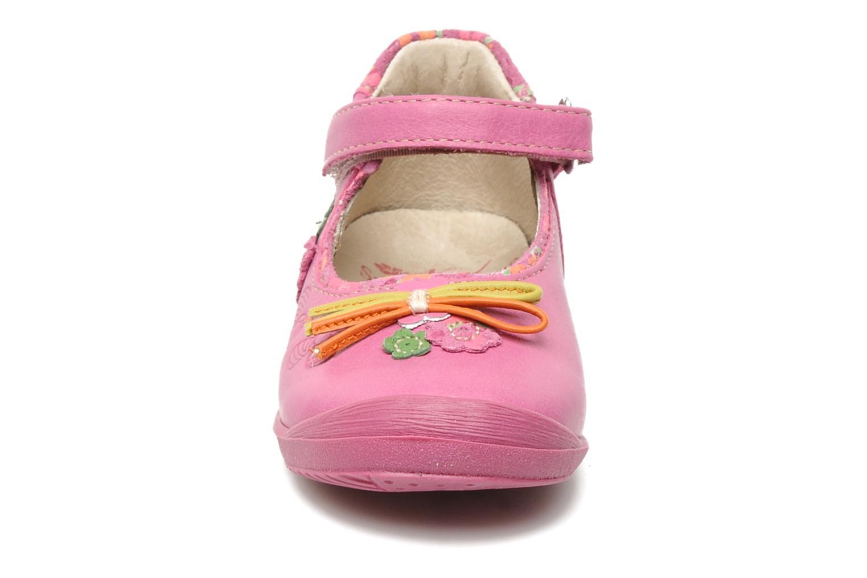 Ballerines Noël Mini Biguin Rose vue portées chaussures