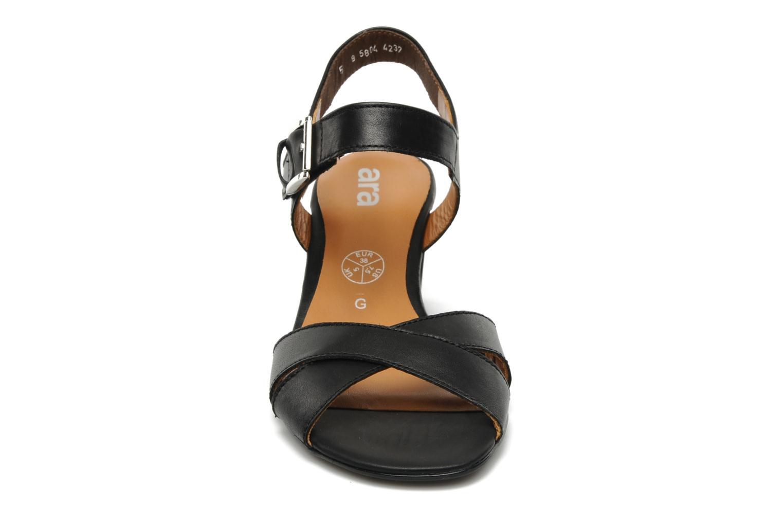 Sandales et nu-pieds Ara BIAR-S Noir vue portées chaussures