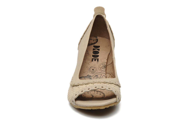 Escarpins Dkode Ida Beige vue portées chaussures