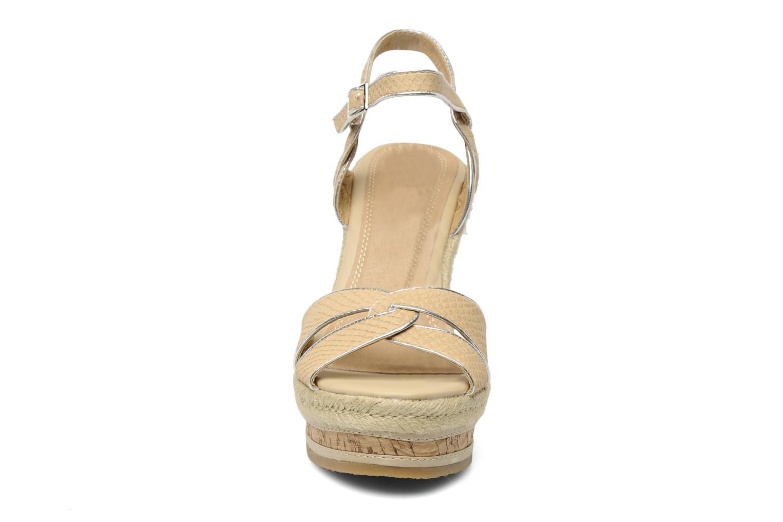 Sandalen Eden Epnia beige schuhe getragen