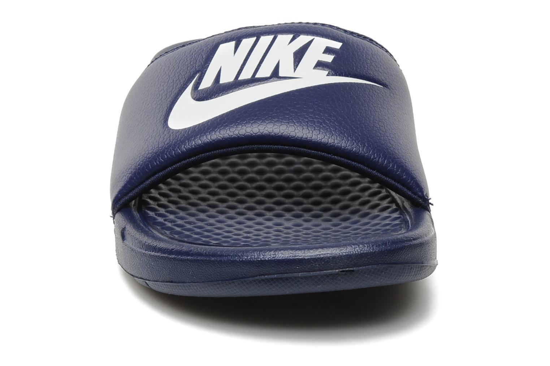 Sandales et nu-pieds Nike Benassi Jdi Bleu vue portées chaussures