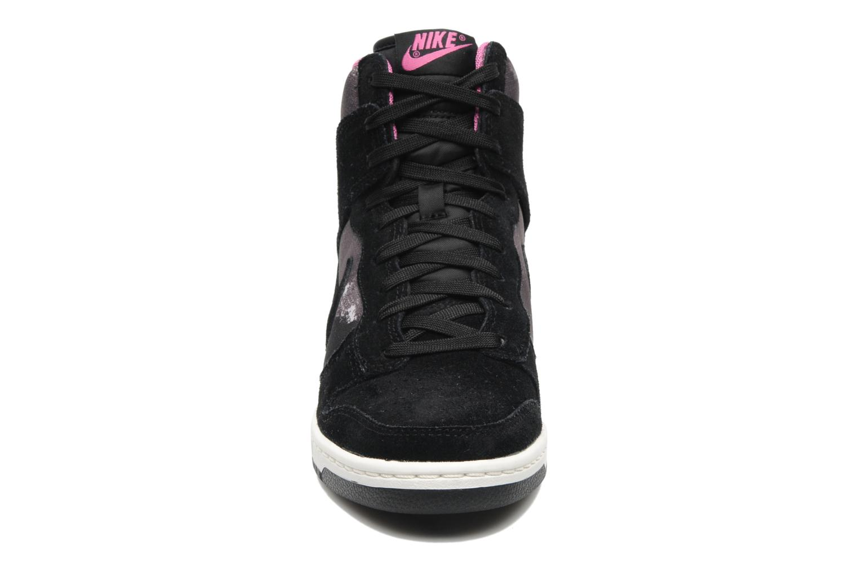 Baskets Nike Wmns Dunk Sky Hi Print Noir vue portées chaussures