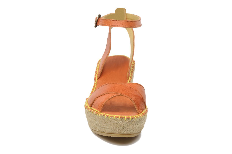 Sandals TBS Betyna Orange model view