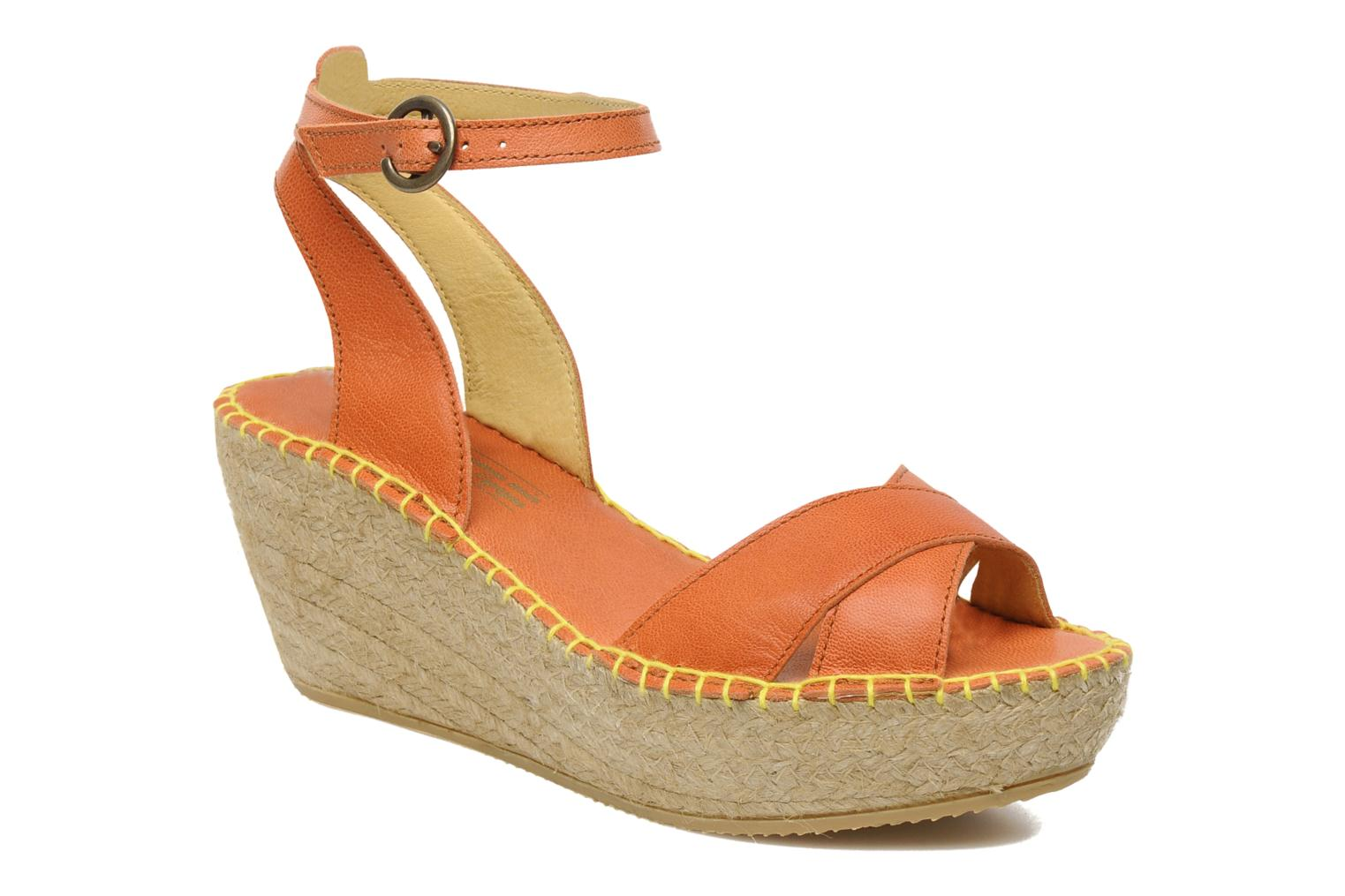Sandals TBS Betyna Orange detailed view/ Pair view