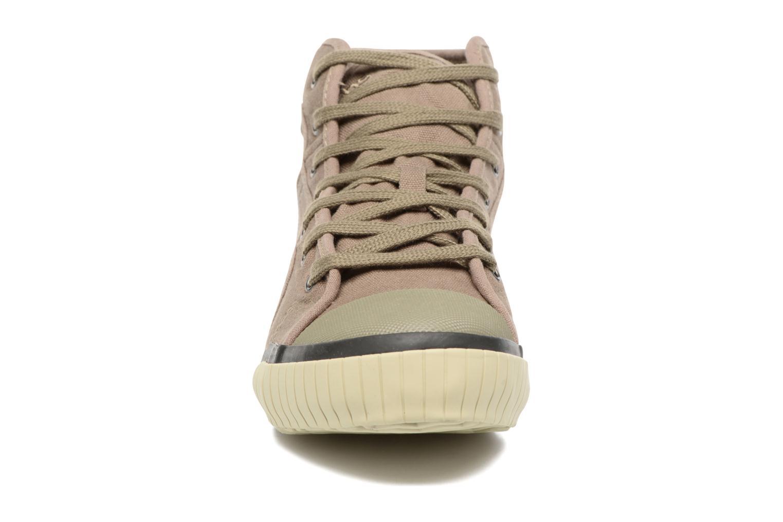 Sneaker TBS Crypto braun schuhe getragen
