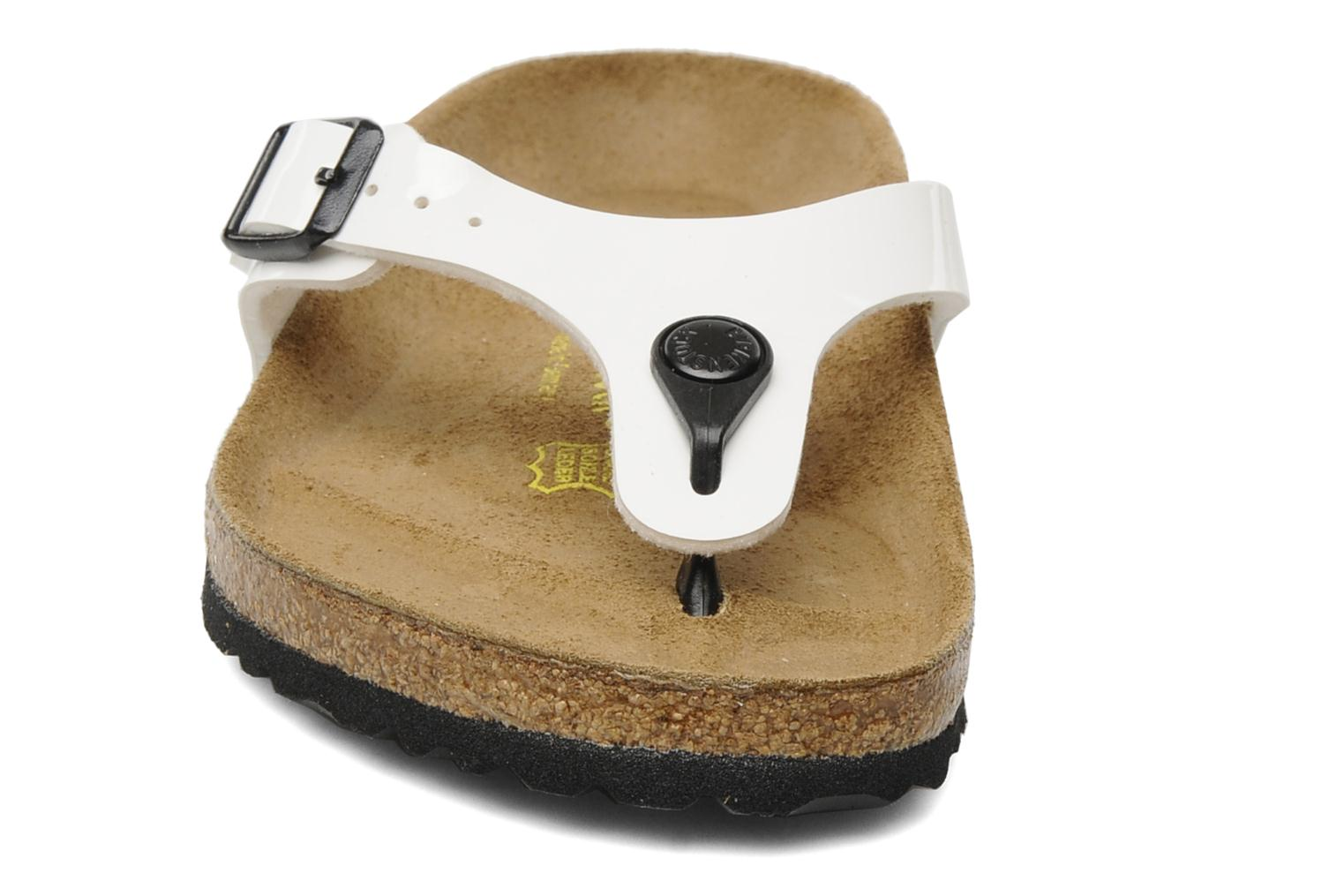 Tongs Birkenstock Turin W Blanc vue portées chaussures