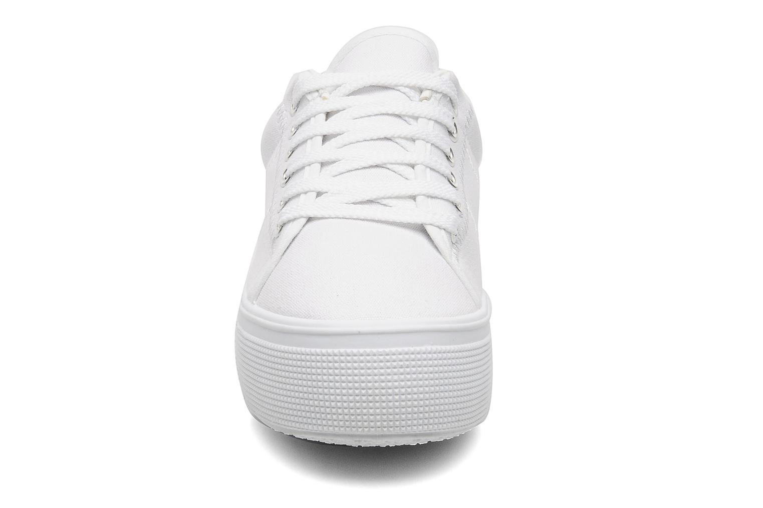 Sneakers I Love Shoes Thaoma Wit model