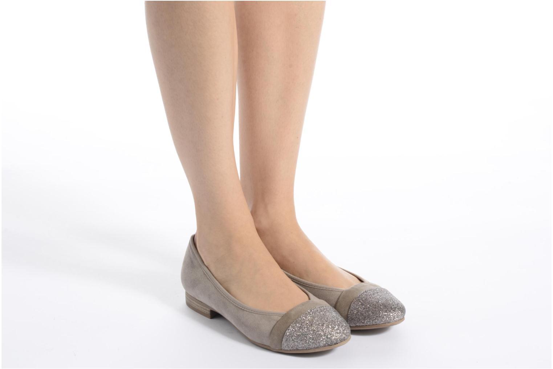 Ballerines Jana shoes Molia Bleu vue bas / vue portée sac