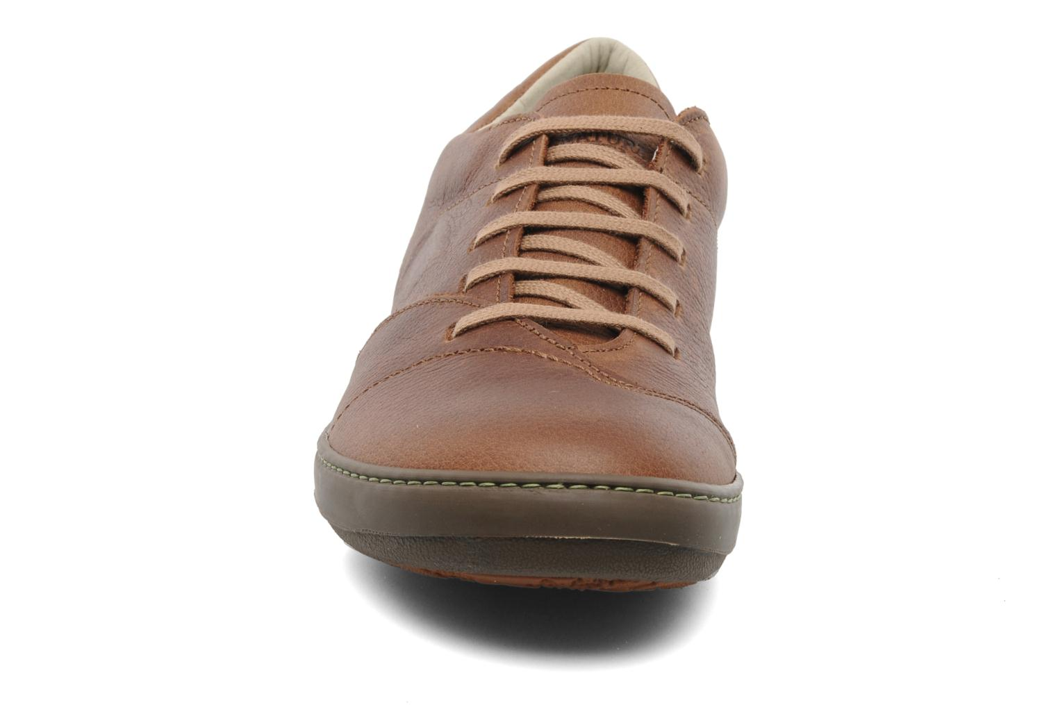 Lace-up shoes El Naturalista Meteo N211 Brown model view