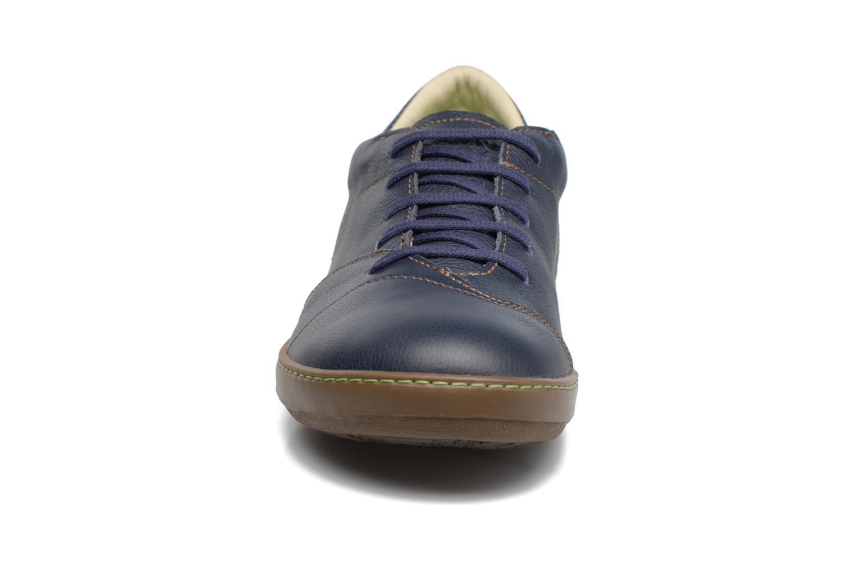 Zapatos con cordones El Naturalista Meteo N211 Azul vista del modelo