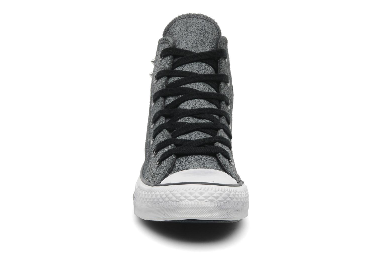 Baskets Converse Chuck Taylor All Star Collar Stud Suede Hi W Gris vue portées chaussures