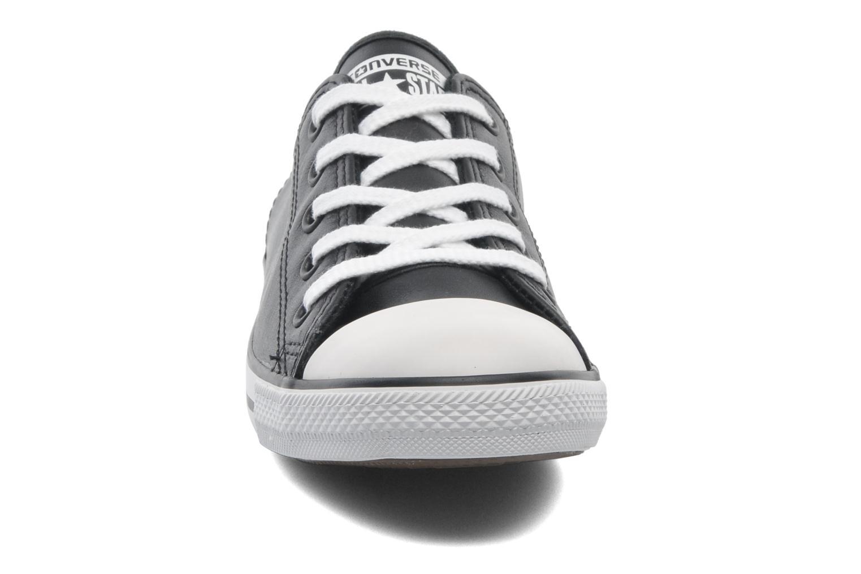 Baskets Converse All Star Dainty Cuir Ox W Noir vue portées chaussures