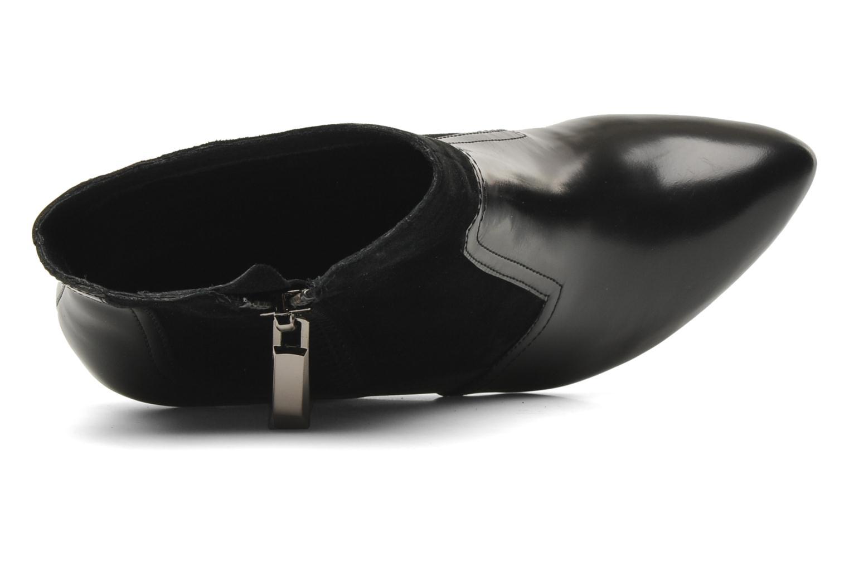 Sangria Black Leather / Suede