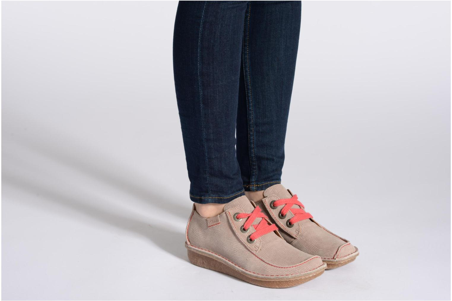 Lace-up shoes Clarks Funny Dream Brown view from underneath / model view