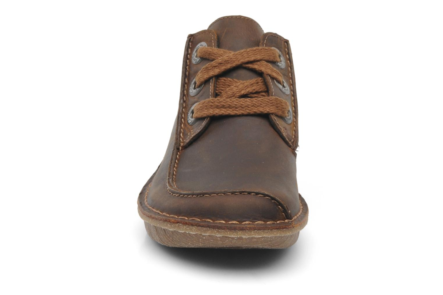 Lace-up shoes Clarks Funny Dream Brown model view