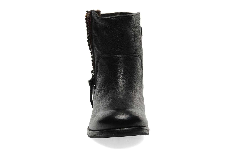 Boots en enkellaarsjes Koah Ness Zwart model