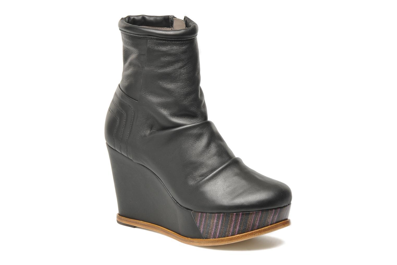 Boots en enkellaarsjes Skin by Finsk Archer Zwart detail