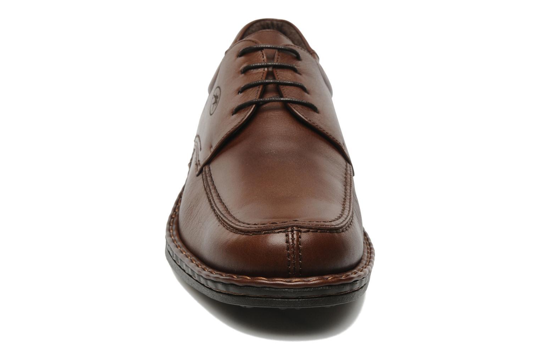 Chaussures à lacets Fluchos Roberto 8137 Marron vue portées chaussures