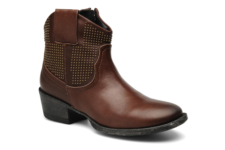 Boots en enkellaarsjes Eden Derya Bruin detail