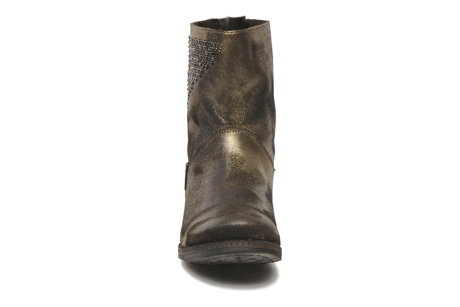 Ankle boots Khrio Cuma Bronze and Gold model view