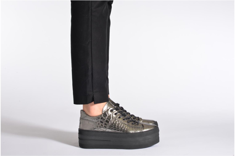 Sneaker Free Lance Skyla Derby schwarz ansicht von unten / tasche getragen