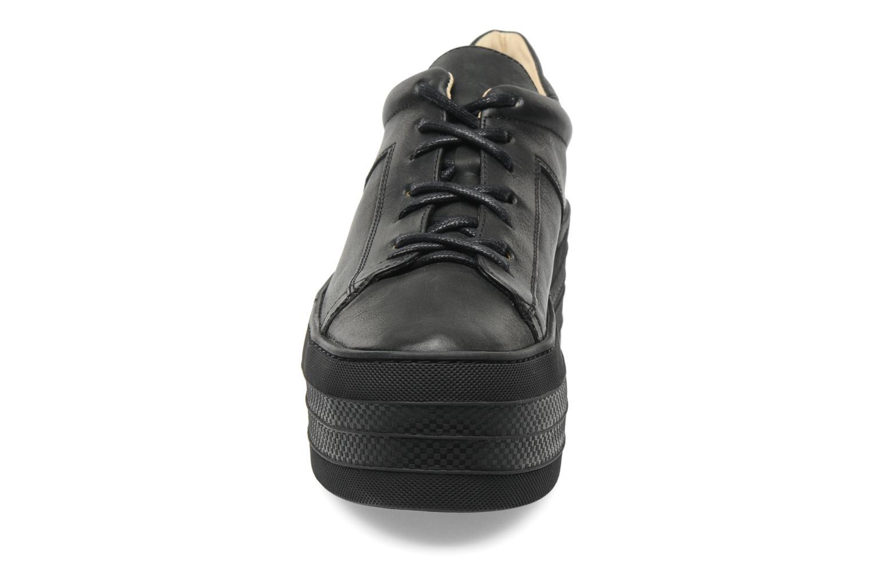 Baskets Free Lance Skyla Derby Noir vue portées chaussures