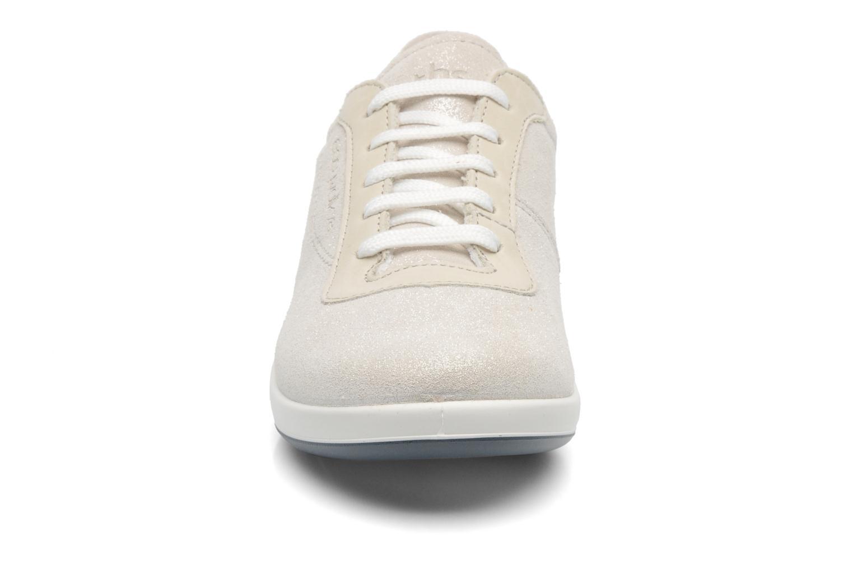 Sneaker TBS Easy Walk Anyway weiß schuhe getragen