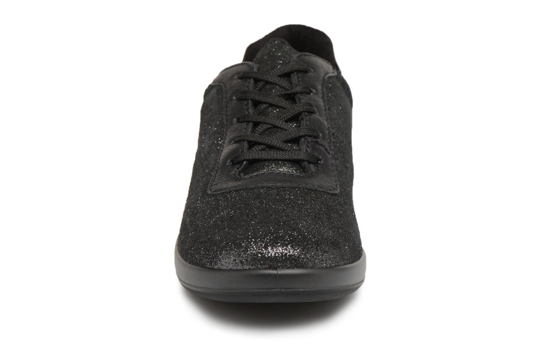 Sneaker TBS Easy Walk Anyway schwarz schuhe getragen