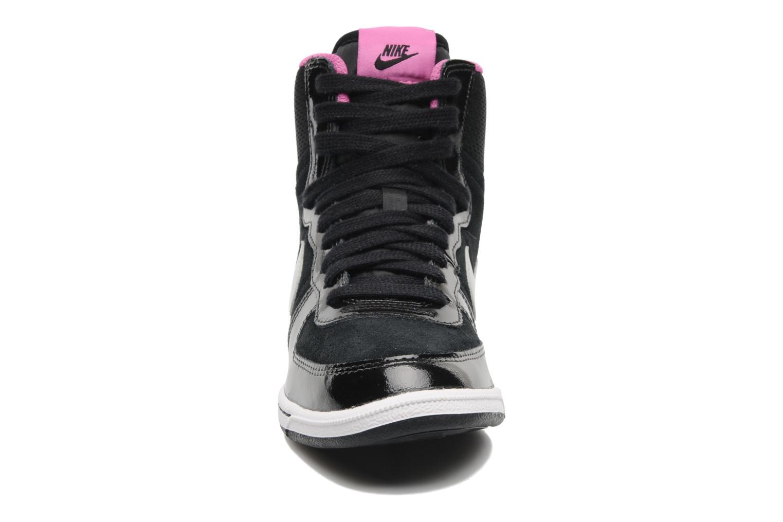 Sneakers Nike Wmns Nike Terminator Lite Hi Sort se skoene på