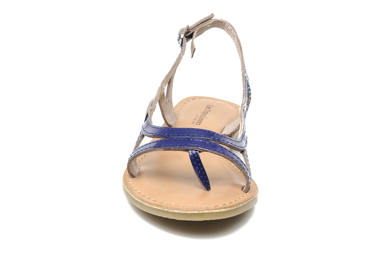 Sandali e scarpe aperte Les Tropéziennes par M Belarbi ISATIS E Azzurro modello indossato