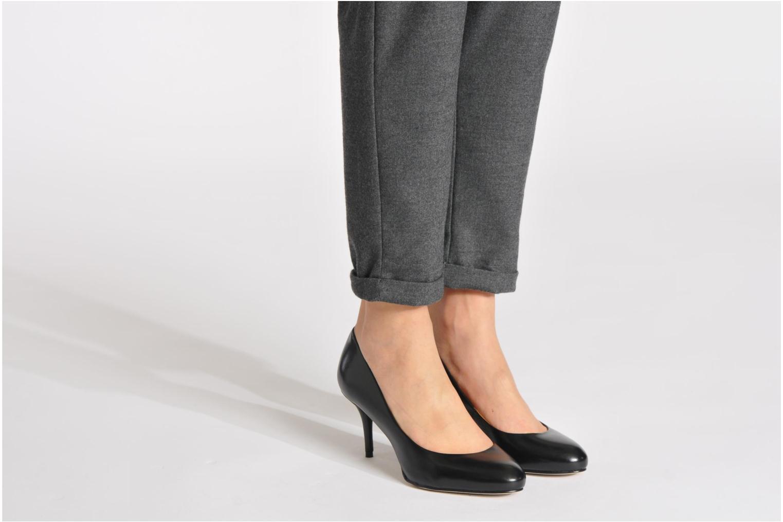 High heels Buffalo Bulon Black view from underneath / model view