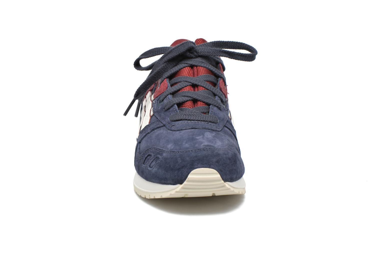Baskets Asics Gel-lyte III Bleu vue portées chaussures