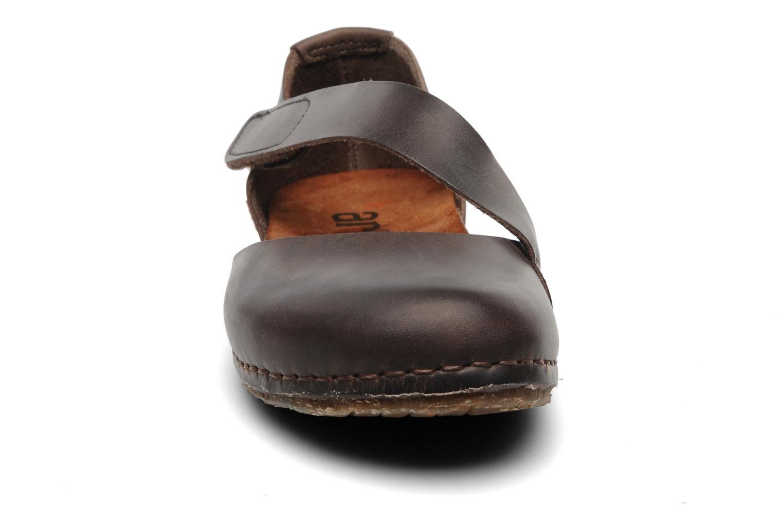 Ballerines Art Creta 442 Marron vue portées chaussures